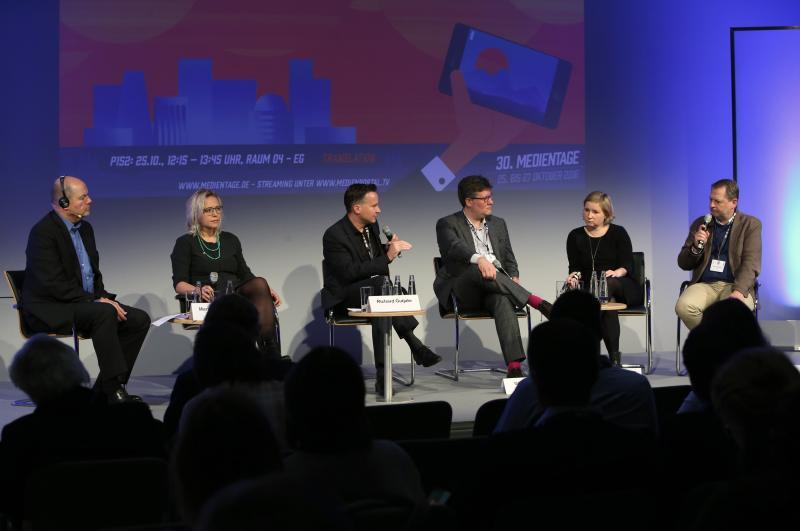 Mind The GAP – Wie Die Digitalisierungslücke Der Verlagsbranche Geschlossen Werden Kann
