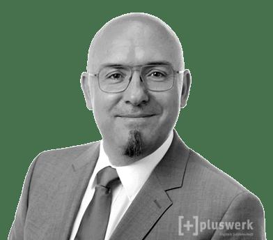 Patrick Lobacher, Studienautor